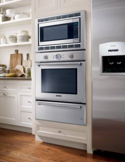 Supplier Thermador Key Features 4 7 Cubic Foot Oven Capacity Integrated Warming Drawer Convection Microwave
